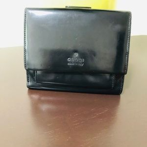 Gucci short wallet